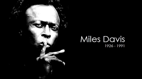 Miles_Davis_black